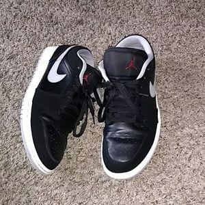 Nike Jordan 1 low top and free Nike sweat shirt